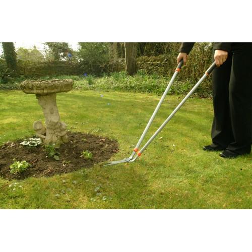 Wilkinson sword long handled lawn shear for Long handled garden shears
